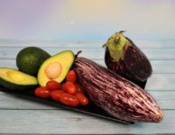 Eggplant Avocado Tomato Vegetables  - furbymama / Pixabay